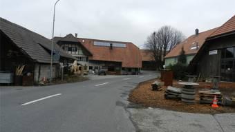 Nach der Aussiedlung soll der Ischhof mitsamt der Scheune (rechts) in die Kernzone umgezont werden.