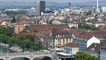 Blick vom Münster auf die Kleinbasler Seite bei der Mittleren Brücke (Symbolbild)