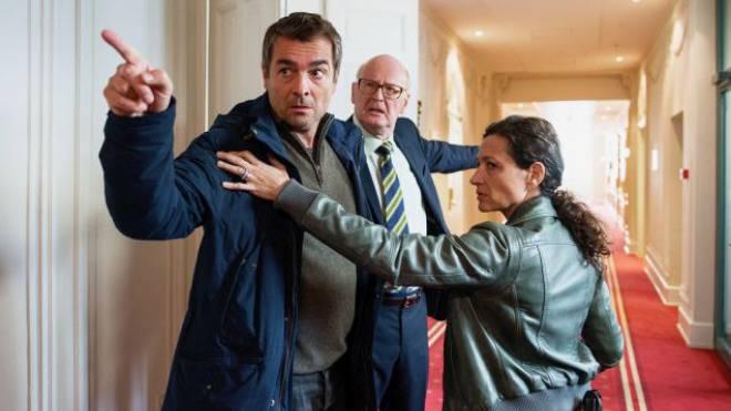 Kommissar Flückiger (Stefan Gubser) wird aggressiv im neuen «Tatort – Verfolgt». Mit Delia Mayer als Liz Ritschard.