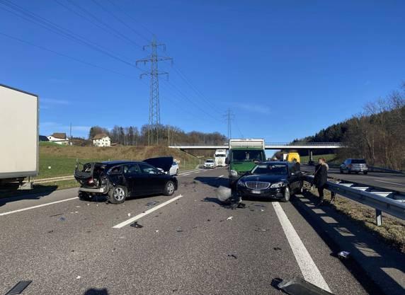 Der Unfall ereignete sich im dichten Verkehr.