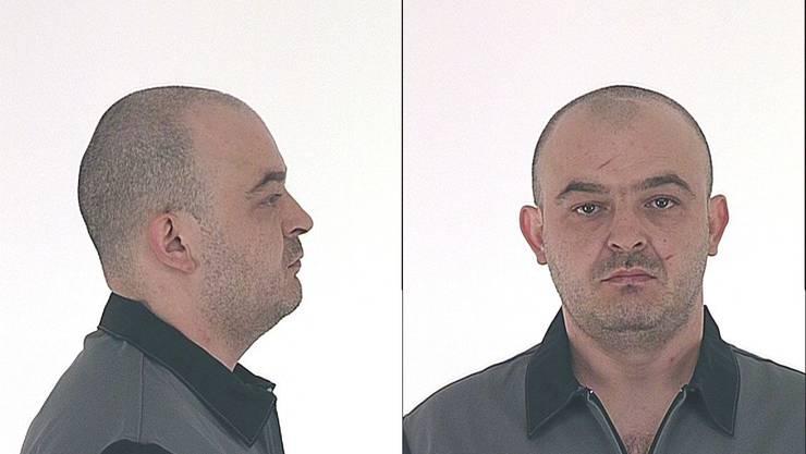 Nebojsa Gicic aus Serbien, Jahrgang 1975, aus Serbien. Nebojsa Gicic ist 173 cm gross, von mittlerer Statur und mit rechteckiger Gesichtsform, dunkelbraune, glatte Haare, braune Augen.