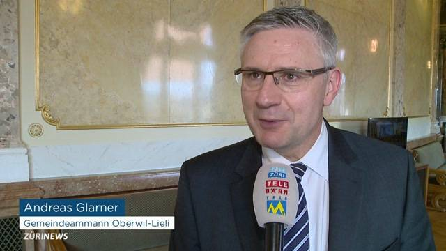 Andreas Glarner tritt zurück