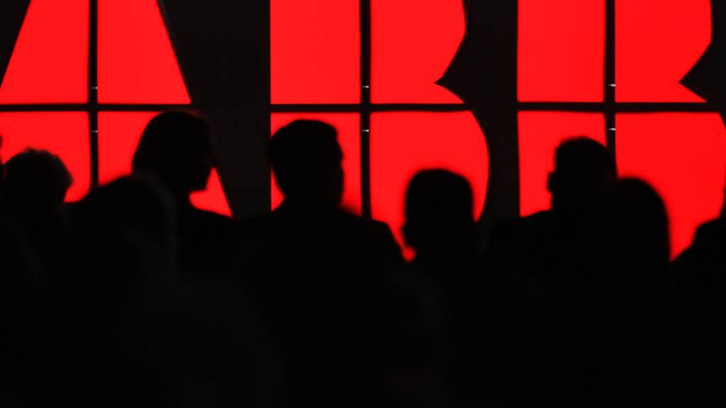 ABB will den Anteil der Frauen in der Führungsetage verdoppeln. (Symbolbild)