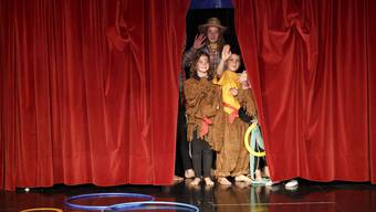 Zirkus Wunderplunder in der Schule Oekingen