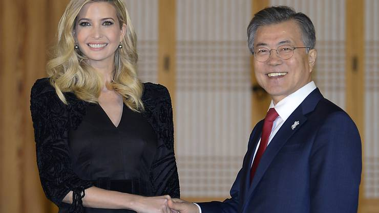 US-Präsidententochter Ivanka Trump wurde vom südkoreanischen Präsidenten Moon empfangen.