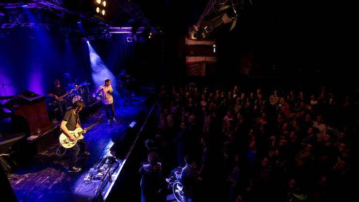 Zahlreiche Konzerte und Partys finden im Kofmehl statt. Da ist nicht selten die Kreativität der Helfer gefragt.
