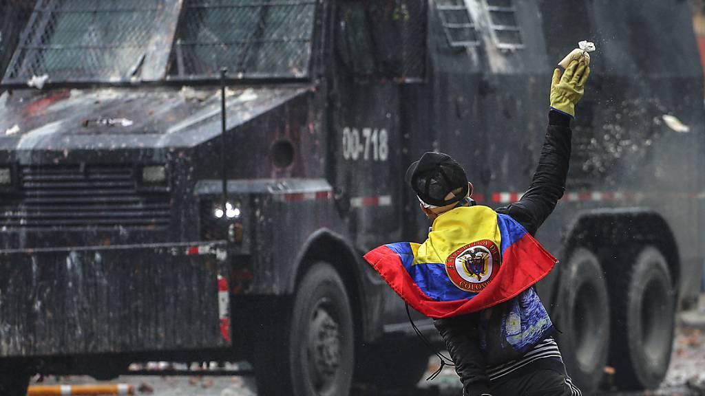 Protestnacht in Kolumbien: Zahl der Toten steigt auf mindestens sechs
