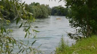 Wenn die Reuss friedlich fliesst, ist sie ein Genuss. Wenn sie zu viel Wasser bringt, wird sie zur Gefahr und macht Hochwasserschutz zum wichtigen Anliegen. ES