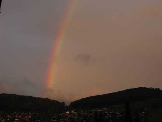 Und noch einmal der Regenbogen über Füllinsdorf