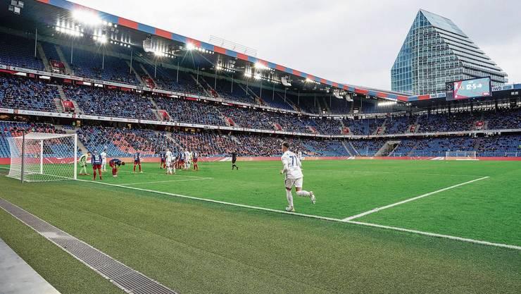 Das letzte FCB-Heimspiel gegen Luzern mit 9257 Zuschauern wird zur Ausnahme. Ab sofort gilt auch in Basel wieder die 1000er Grenze.