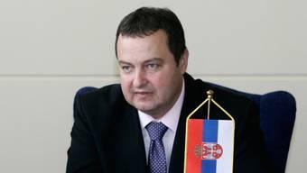 Der serbische Innenminister Ivica Dacic (Archiv)