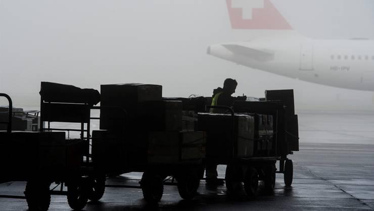 Leider hänge noch immer das Damoklesschwert der Steuerbelastung aus Frankreich über den Firmen auf dem Schweizer Sektor, sagte Präsident Thomas Knopf hinsichtlich des Euro-Airports.
