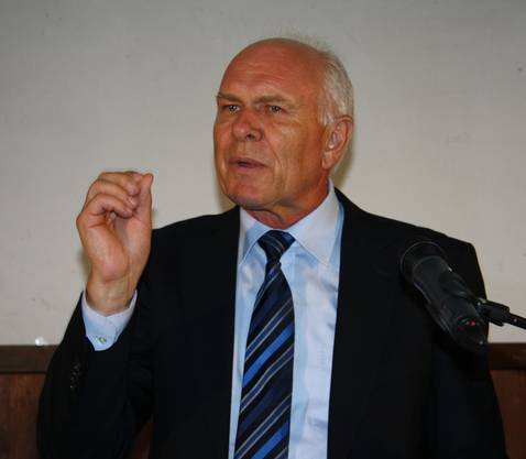 Hans Hess befasste sich mit dem Sorgenbarometer der Industrie.