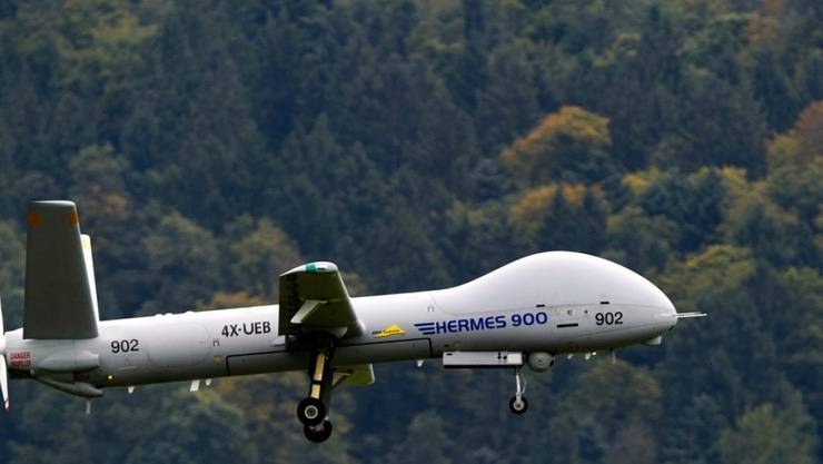 Auf die neuen Drohnen des Typs Hermes 900 muss das Schweizer Grenzwachtkorps mindestens sieben Monate länger warten als geplant. Der israelische Hersteller hat die Dauer der Zertifizierung unterschätzt. (Archivbild)