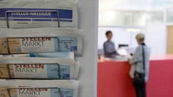 Im Vergleich zum März des Vorjahres wurde in Basel-Stadt ein Rückgang von 379 Personen verzeichnet. Im Baselbiet waren diesen März 580 Personen weniger als arbeitslos registriert. (Symbolbild)