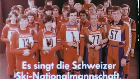 Das legendäre Rivella-Lied dargeboten vom Schweizer Skinationalteam 1977