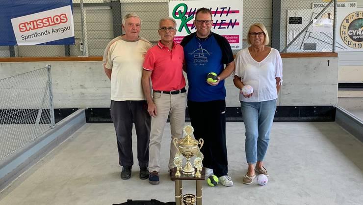 von links: Bruno Leber, 3.Platz Giuseppe Valente, 1.Platz Tobi Schürch, 2.Platz Helga Petriella, 3.Platz