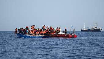 Bis zu 150 Menschen könnten bei einem schweren Bootsunglück vor der Küste Libyens ums Leben gekommen sein, befürchtet die internationale Organisation für Migration (IOM). (Themenbild)