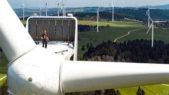 Strom aus Windkraft legte in den vergangenen Jahren nur bescheiden zu. Es mangelt an neuen Standorten.VALENTIN FLAURAUD/Keystone