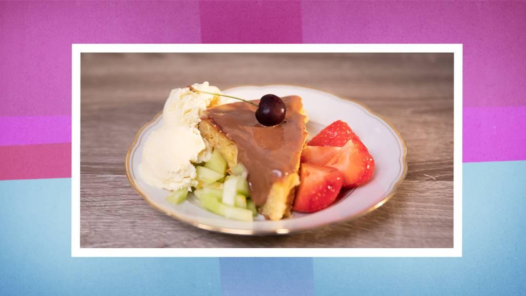 Süsser Maiskuchen mit Glacé nach Wahl
