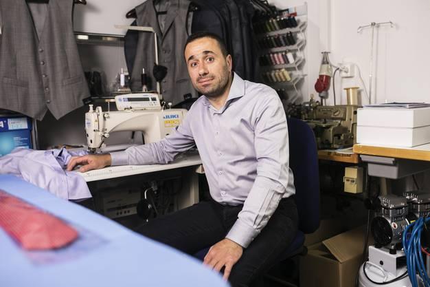 Der Syrer eröffnete sein Geschäft in der Cordulapassage mitten in der Coronakrise.