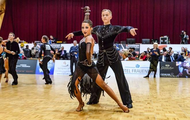 Philipp Hofstetter aus Aesch mit seiner Tanzpartnerin Natalie Cremar an den Schweizermeisterschaften in Frauenfeld Bild von Reinhard Egli