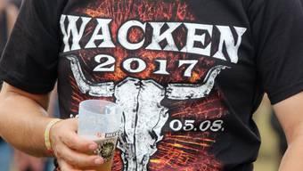 Das Wacken Open Air Heavy Metal Music Festival in Schleswig-Holstein hat begonnen. Fans aus aller Welt - auch aus der Schweiz - pilgern jedes Jahr an den Anlass, der als einer der bedeutendsten seiner Art weltweit gilt.