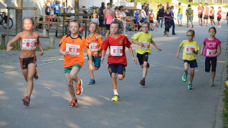 Die Schülerinnen und Schüler C am Edleten Waldlauf.