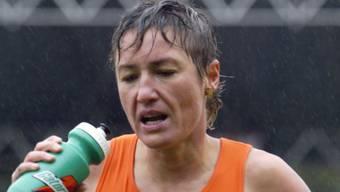Erika Csomor geschlagen