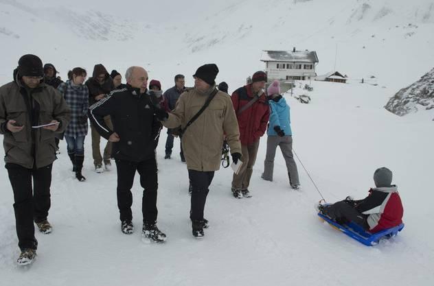 Auch Sportminister Ueli Maurer ist in Adelboden. hier auf der Engstligenalp.