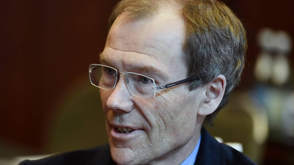 Johannes Rüegg-Stürm, ehemaliger VR-Präsident von Raiffeisen Schweiz, beendet seien Lehrätigkeit an der Universität St. Gallen (HSG).
