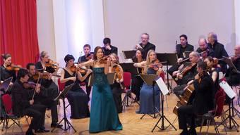 Arabella Steinbacher und die Festival Strings Lucerne gastierten vor vollen Rängen.
