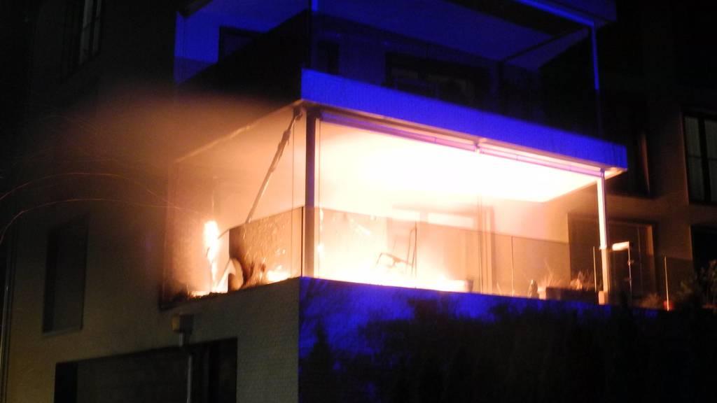 Lediglich Sachschaden bei Brand auf Balkon