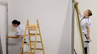 Laut dem kantonalen Lehrstellennachweis Lena sind aktuell 14 Maler-Lehrstellen frei und erst 13 besetzt. In der Baubranche fehlt auch anderen Berufen der Nachwuchs.