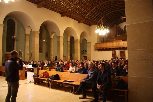 Rund 220 Personen haben den Vortrag besucht