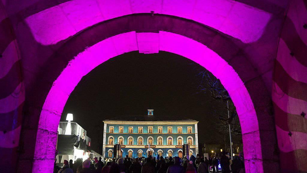 Beim Lichtfestival im Zähringerstädtchen Murten sind Mauern und historische Gebäude Projektionsflächen für künstlerische Inszenierungen.
