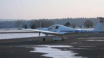 Ein Kleinflugzeug im Landeanflug (Symbolbild)
