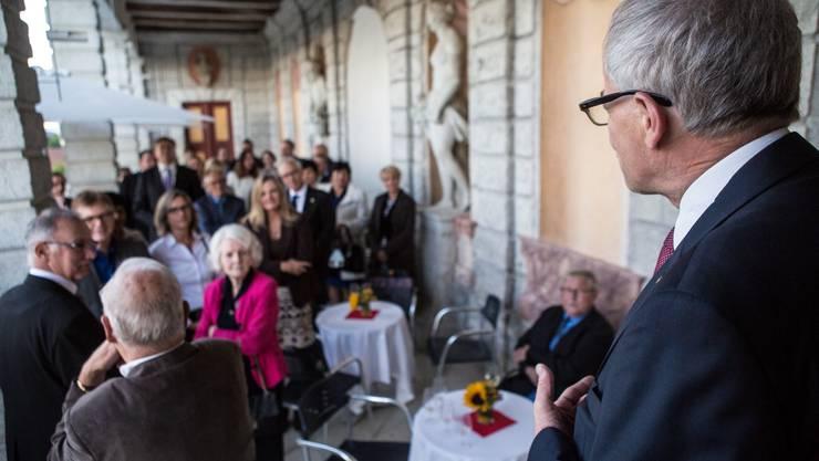 Stadtpräsident Kurt Fluri spricht