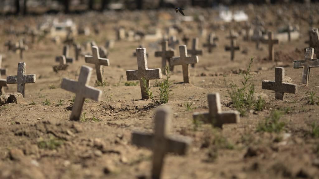 Mehr als 100 000 Corona-Tote und 3 Millionen Infektionen in Brasilien