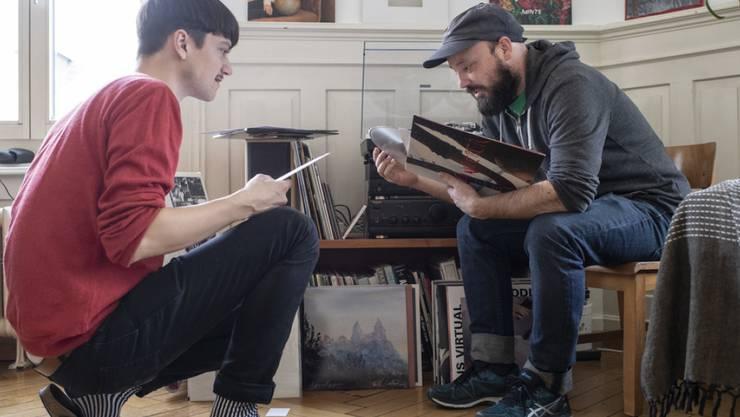Die Musiker Simon Borer (links) und Chregi Müller leiten das Zürcher Label Red Brick Chapel, das sich seit neuestem als Genossenschaft organisiert. Ein Novum.