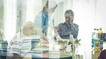 Altersheime und Spitäler verursachen nicht nur immer höhere Kosten, sondern tragen auch ihren Teil zur kantonalen Wertschöpfung bei. Das zeigt eine neue Studie.