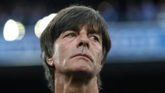 Plötzlich allein: Der deutsche Bundestrainer Joachim Löw hat sich nach 30-jähriger Ehe von seiner Frau Daniela getrennt. (Archivbild)
