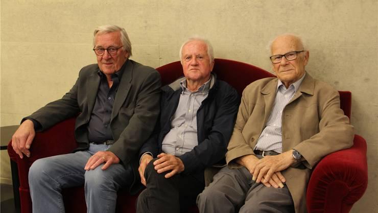 Gründungsmitglieder der VHS Region Brugg (v.l.): Urs Strässle, Kurt Gasser und Paul Bieger. Bild: cm