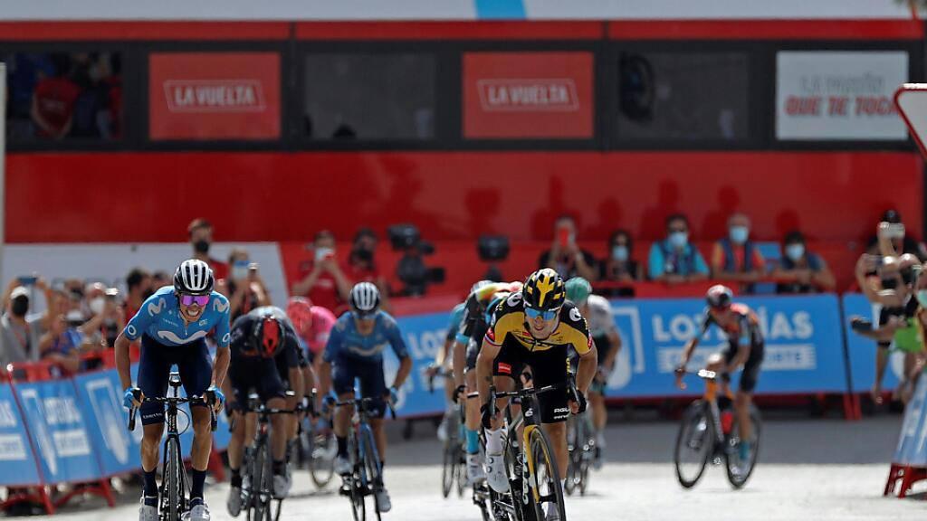Während die Konkurrenz arg zu beissen hat, fährt Primoz Roglic unbeeindruckt zum Etappensieg