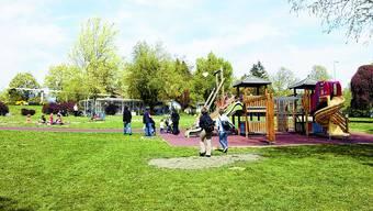 Spielplatz bleibt: Vorderhand entsteht kein Anbau des Parkhauses Baseltor unter der Chantierwiese. (Bild: Oliver Menge)