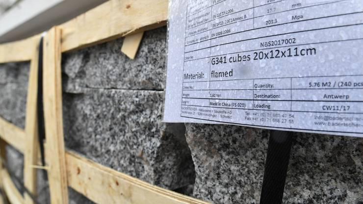 Baustelle Sanierung Werkleitungen Konradstrasse China-Granit Olten