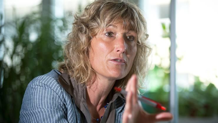 Susanne Hochuli kann schwarze Liste mit Prämiensündern erst 2016 vorlegen. Das stösst auf Widerstand.