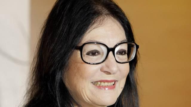 Sängerin Nana Mouskouri meldet sich zurück (Archiv)