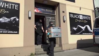 Am Mittwochmorgen führte die deutsche Bundespolizei Razzien in Bordellen und Wohnungen in ganz Deutschland durch – der grösste Einsatz seit Bestehen.