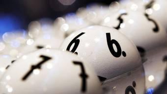 Ein Glückspilz wird Millionär (Symbolbild)
